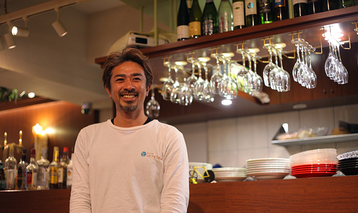 Grill&Bar Lei the Tableのオーナー井上さん