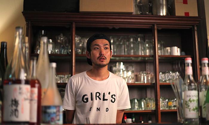 ラウンジ堀江卓球部の店長の山野隼輔さん