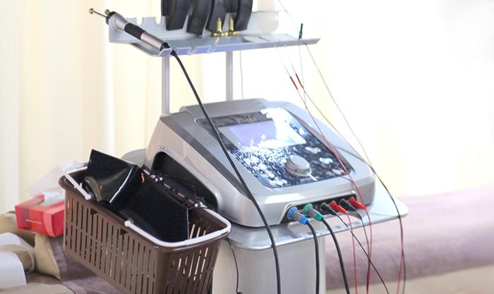微弱電流治療器
