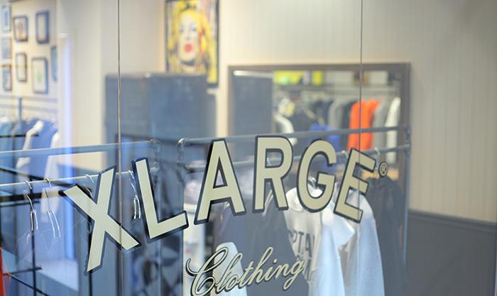 XLARGEのロゴ